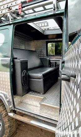 Кожаный диван УАЗ Буханка